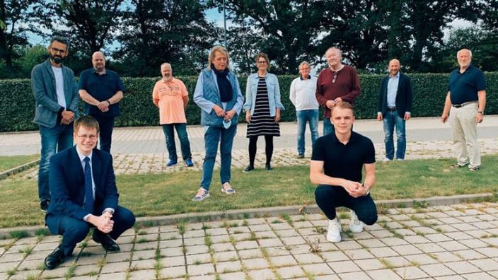Vereinsmitglieder und Unternehmer aus Tornesch
