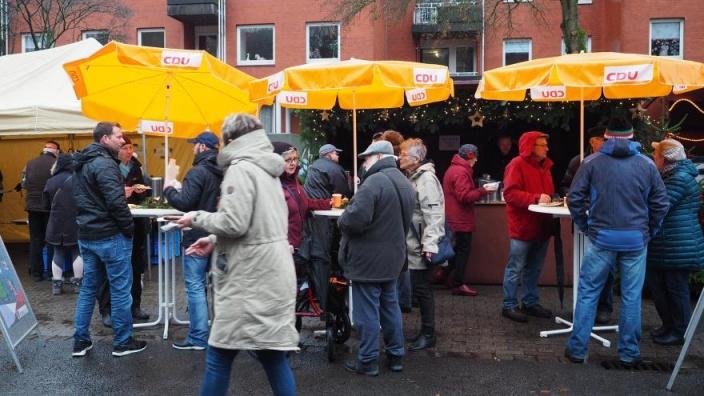 Weihnachtsmarkt Tornesch_Stand der CDU